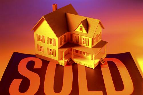 sold house illustration.jpg